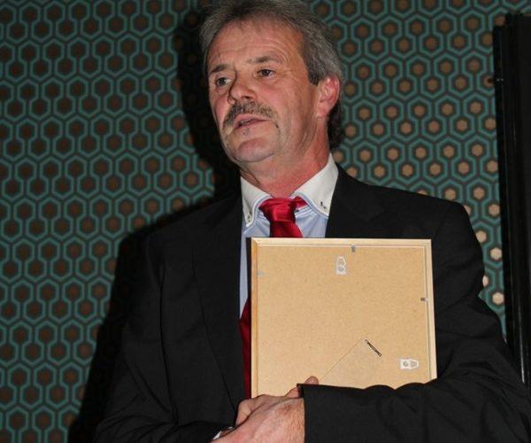 Morten Ueland ble utnevnt til æresmedlem.