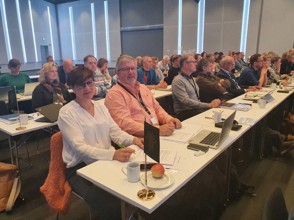 Leder Aslak Snarteland og nestleder Silje Eckdahl møtte på lederkonferansen til Norges Bondelag.